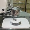 Машина циклической строчки для пришивания шеврона к липучке.